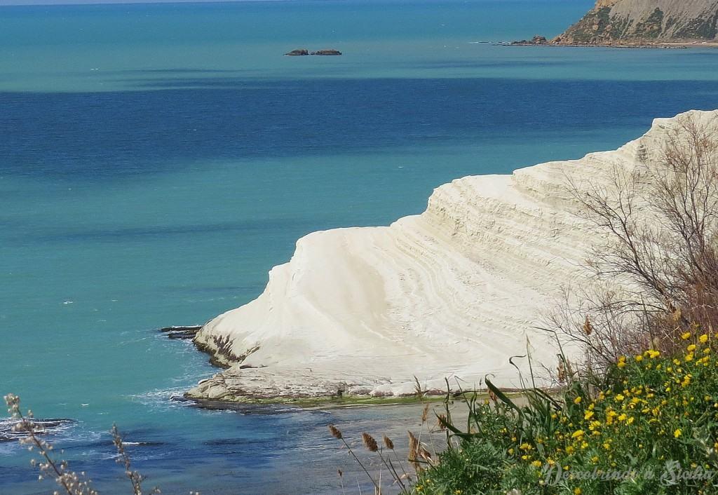 Scala dei Turchi: falésias brancas e um infinito mar azul
