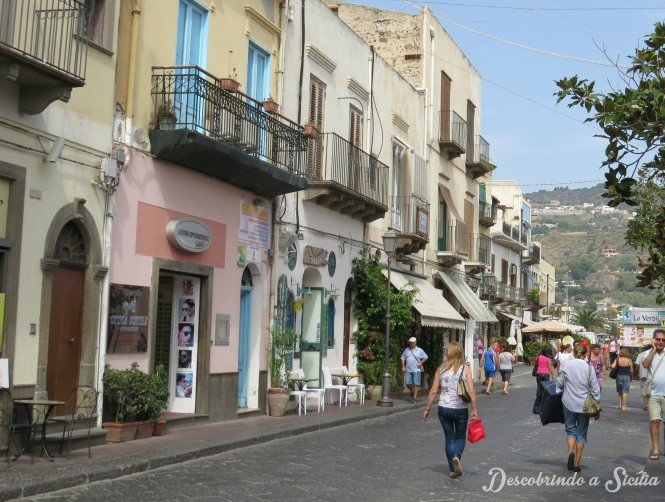 ruas de Lipari