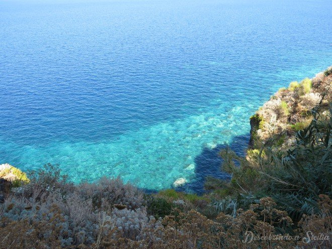 Visual na descida para a praia de Scario. Foto SEM FILTROS!