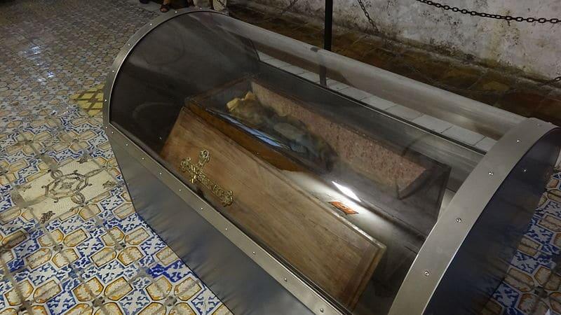 Múmia de Rosalia Lobardo