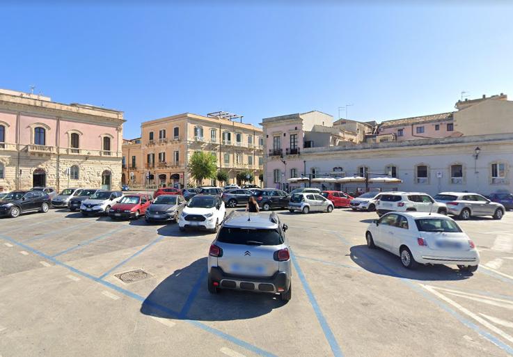 onde estacionar em Ortigia